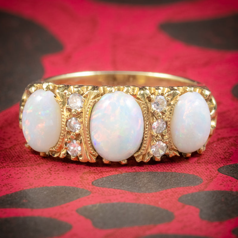 VINTAGE NATURAL OPAL TRILOGY RING 18CT GOLD DATED LONDON 1963 cover