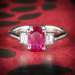 VINTAGE RUBY DIAMOND TRILOGY RING 18CT GOLD COVER