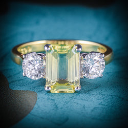 YELLOW SAPPHIRE DIAMOND RING 18CT GOLD EMERALD CUT SAPPHIRE COVER
