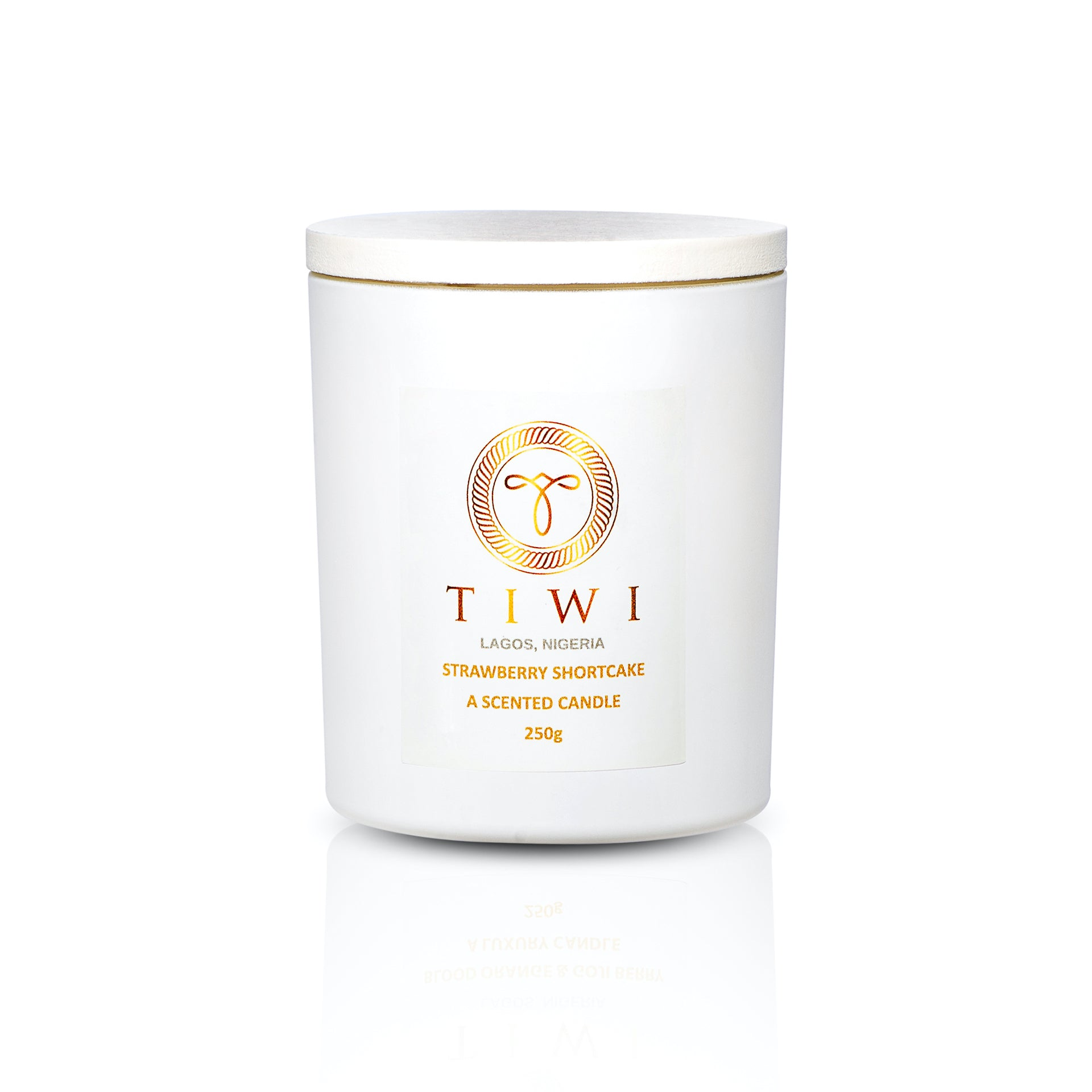 TIWI Strawberry Shortcake - A Scented Candle