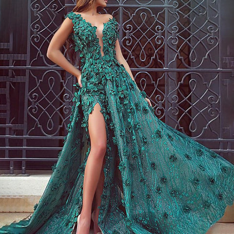 Elegant Deep V-Neck Sleeveless Butterfly Slit Evening Dress