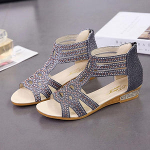 Fashion Rivet Diamond Rear Zipper Sandals