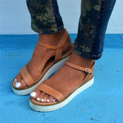 Fashion   Versatile Buckle With Platform Sandals