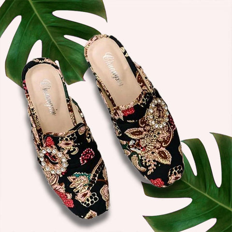 Nalabay Fashion Rhinestone Embroidered Mule Shoes