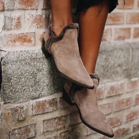 Fashion Solid Color Raw Ddge Pointed Ankle Boots