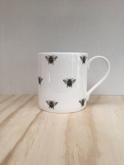 Fine China Dotted bee mug