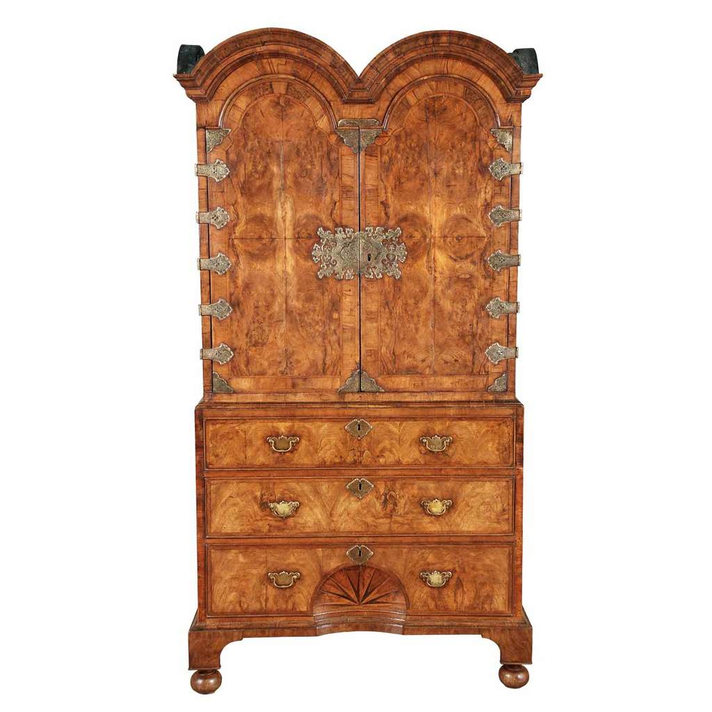 A Queen Anne period double dome cabinet veneered in walnut and burl walnut. view 1