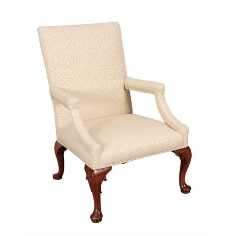 Walnut Gainsboro Chair on Four Cabriole Legs