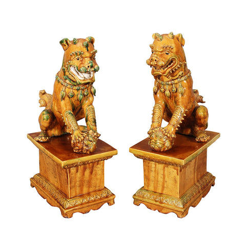 A PAIR OF LARGE ITALIAN FOO DOGS