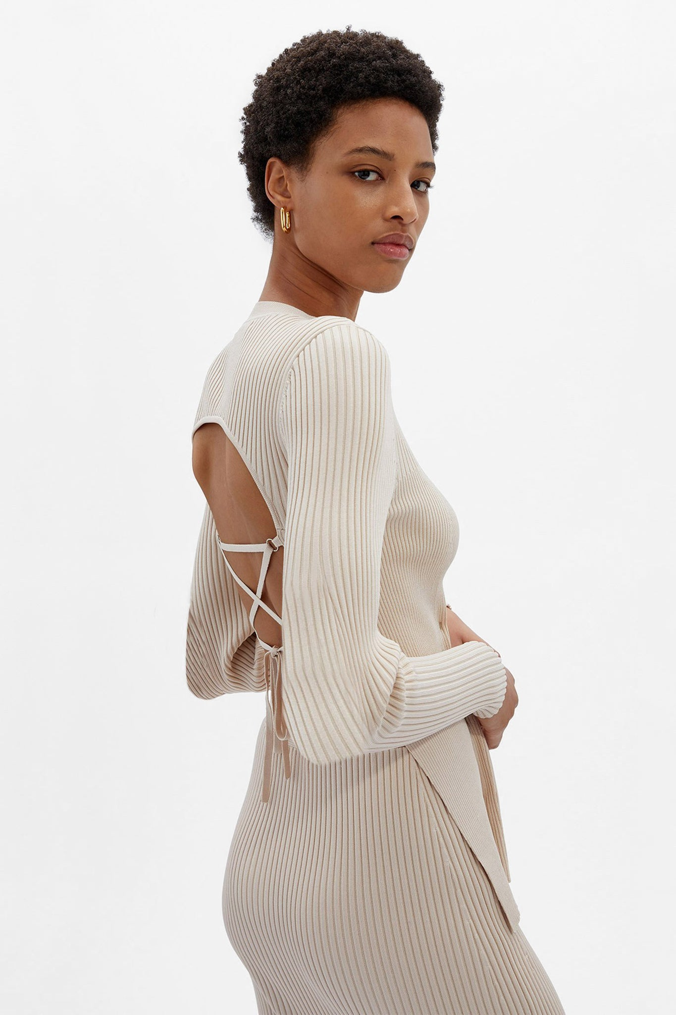 Arwen Open Back Pullover