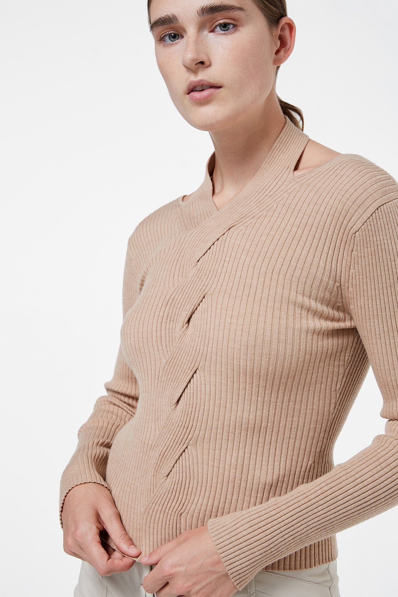 Leah Cable Knit Pullover
