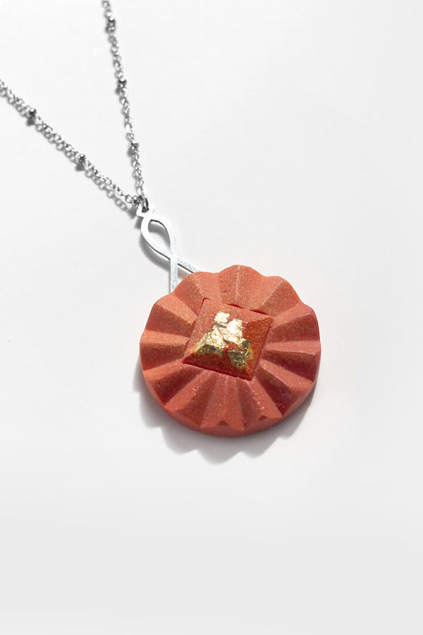Cancan-collier-pendentif-fait-main-montreal-leger-antiallergene-inox-corail-piment-rouge-feuille-or