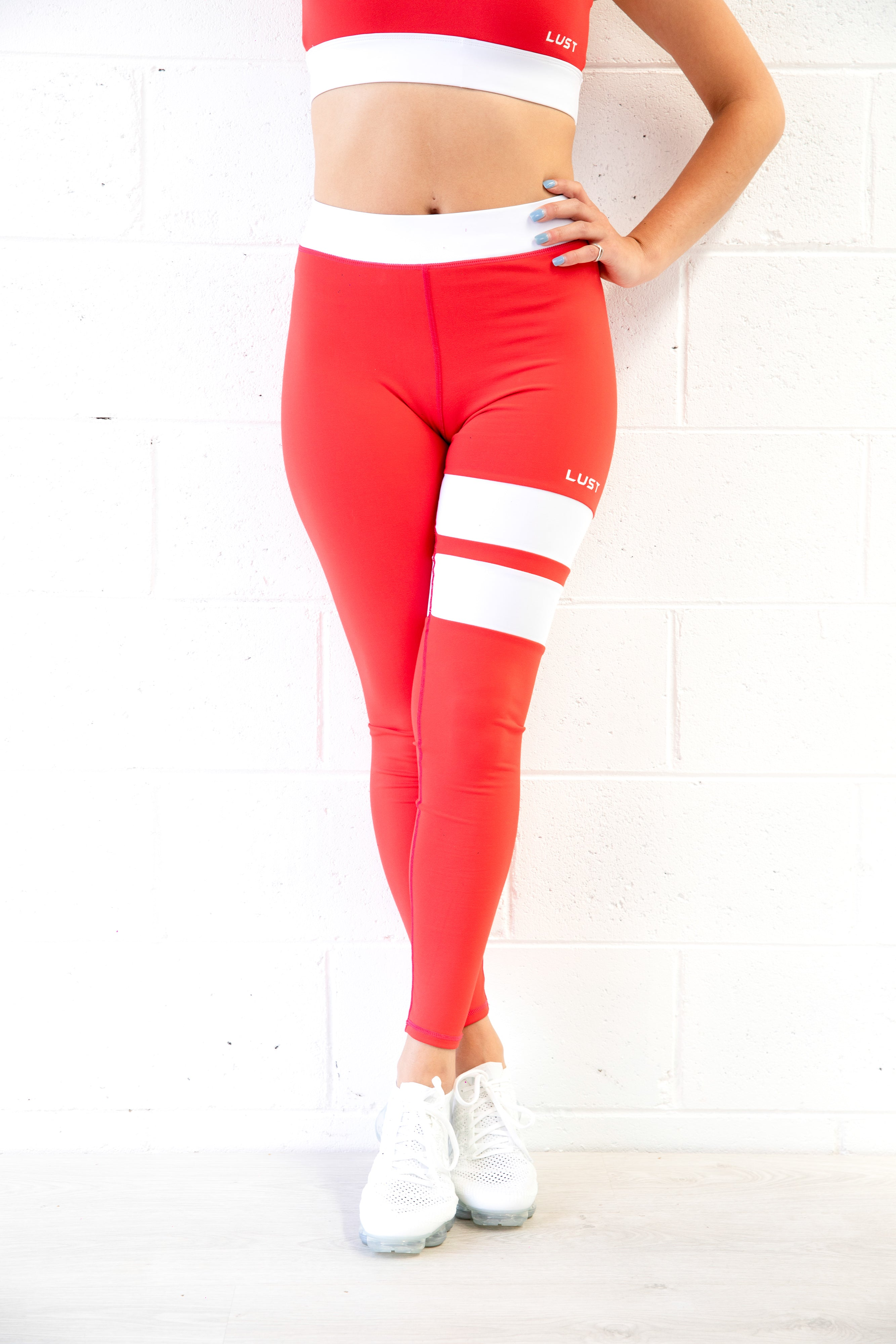 RED CROP + LEGGING SET