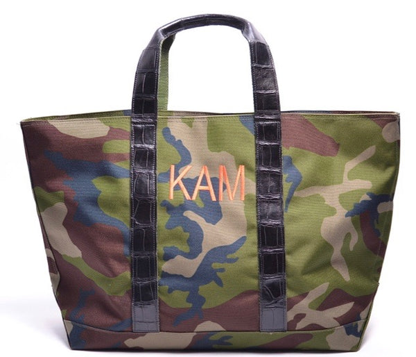 HUNTING TOTE WITH ALLIGATOR HANDLES & THREADED MONOGRAM - ASSORTED COLORS