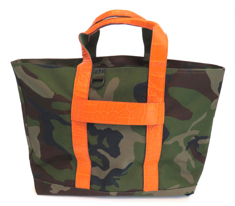 HUNTING TOTE WITH ALLIGATOR HANDLES & ALLIGATOR LUGGAGE STRAP
