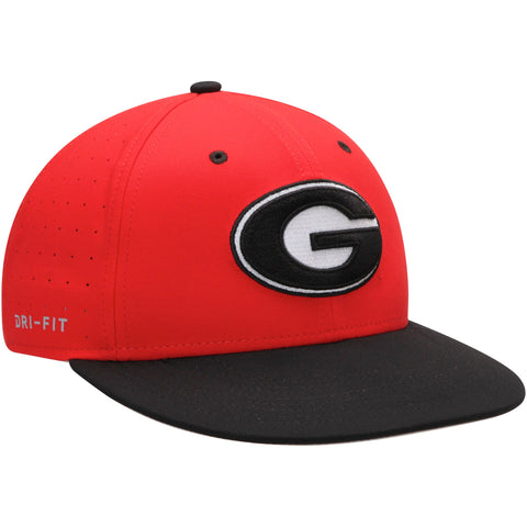 UGA Nike Fitted Baseball Cap - Red
