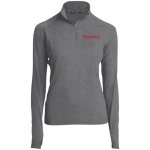 Womens 1/2 Zip Performance Pullover