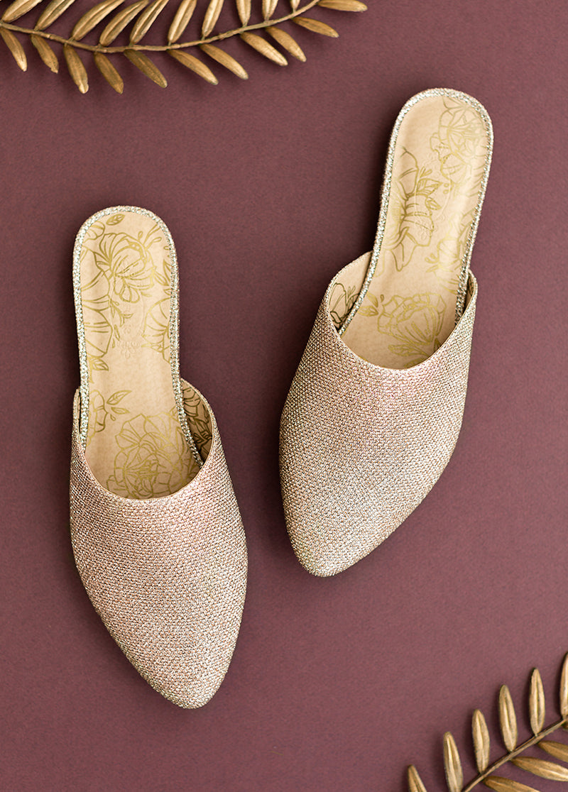 Audra Flat in Gold