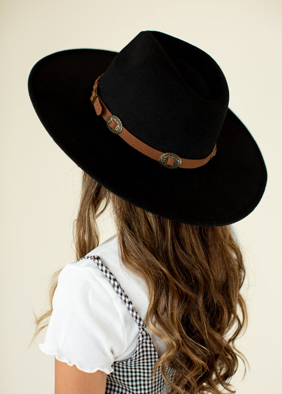 *NEW* Darcy Hat in Black