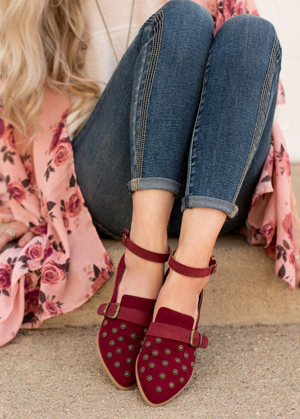 *NEW* Harlow Flat in Burgundy