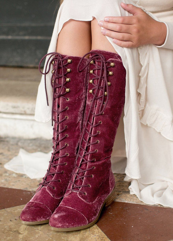 *NEW* Indy Lace-Up Boot in Cedar