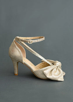 Lucinda Heel in Gold