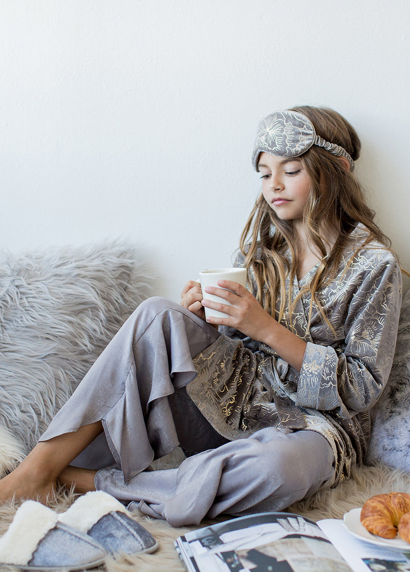 *NEW* Minka Cozy Kit in Grey