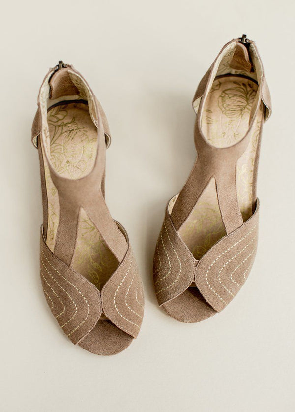 *NEW* Olessia Leather Shoe in Tan