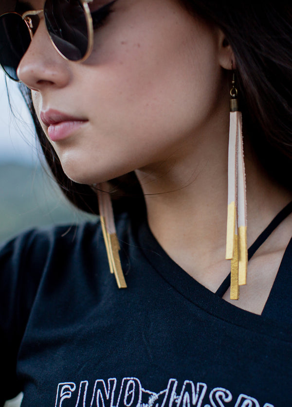 *NEW* Pedra Earrings in Tan & Gold