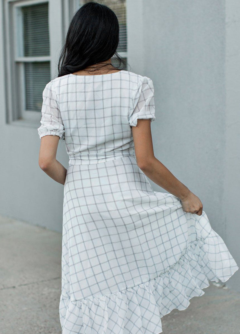 *NEW* Pippa Dress in White Plaid