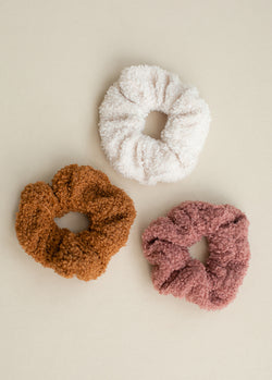 *NEW* Sherpa Scrunchie Set