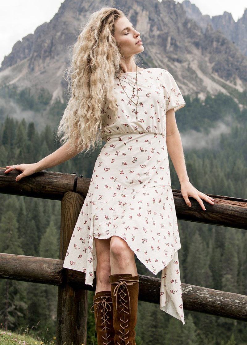 *NEW* Shiloh Dress in Cream Ditsy