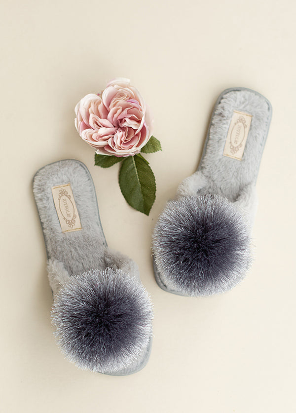 Tia Pom Slipper in Light Grey