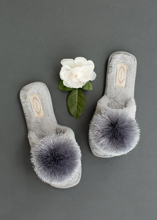 *NEW* Tia Pom Slipper in Light Grey