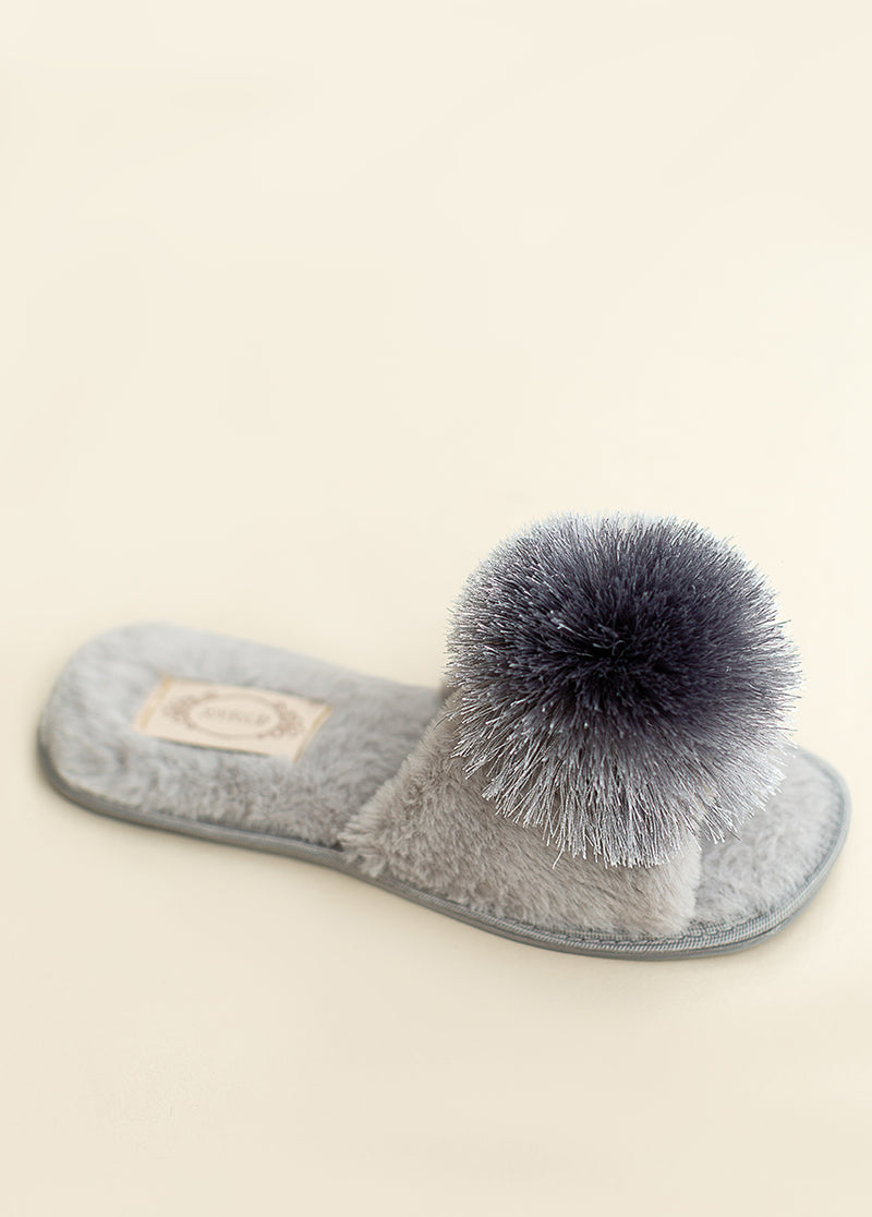 *NEW* Tianna Pom Slipper in Light Grey