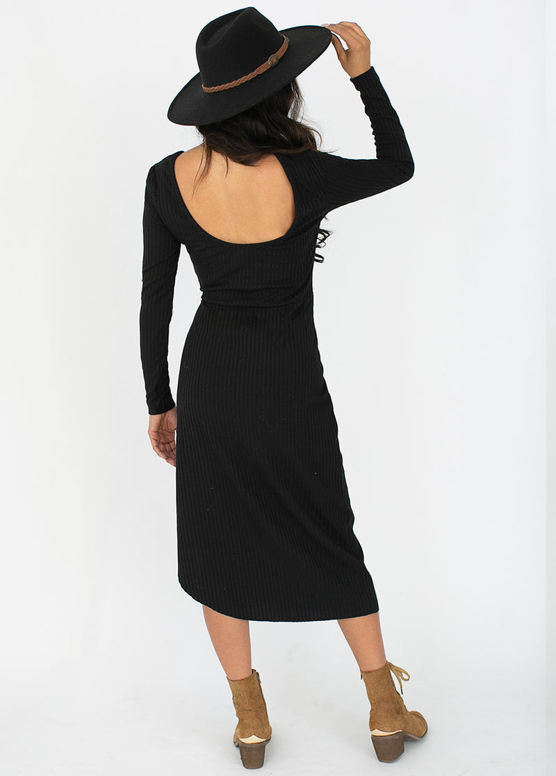 *NEW* Alenka Dress in Black
