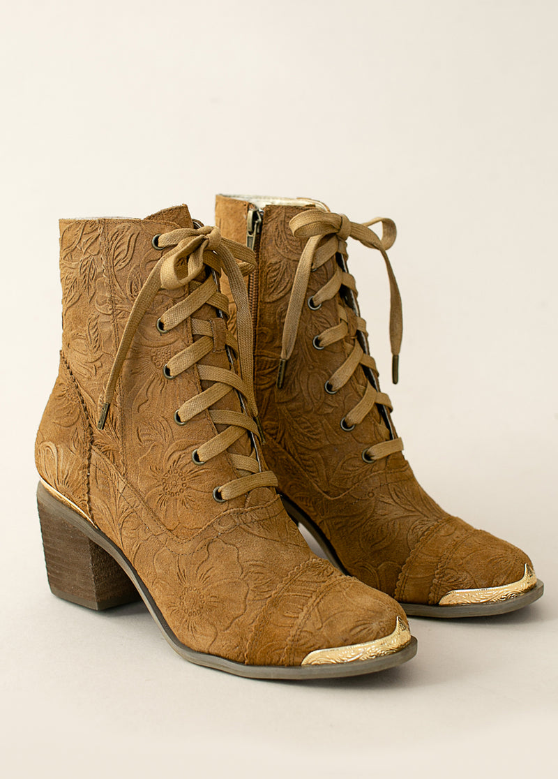 *NEW* Bonnie Boot in Nutmeg Carved Suede