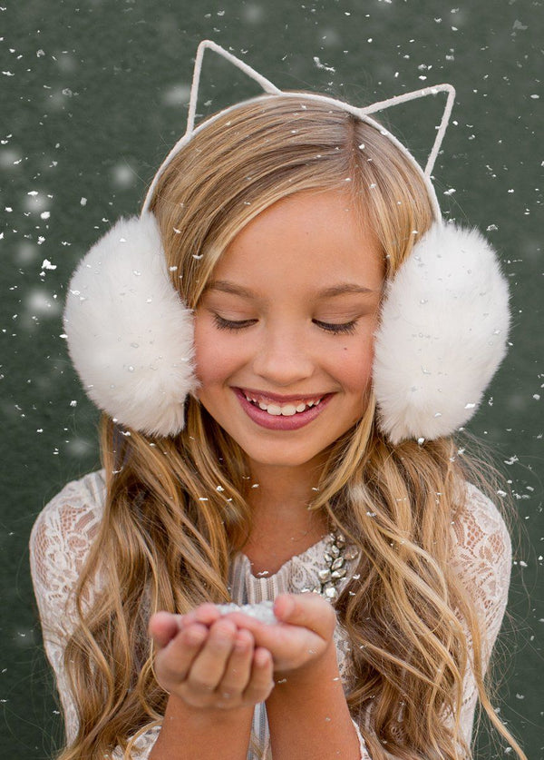 Macie Earmuffs in Cream