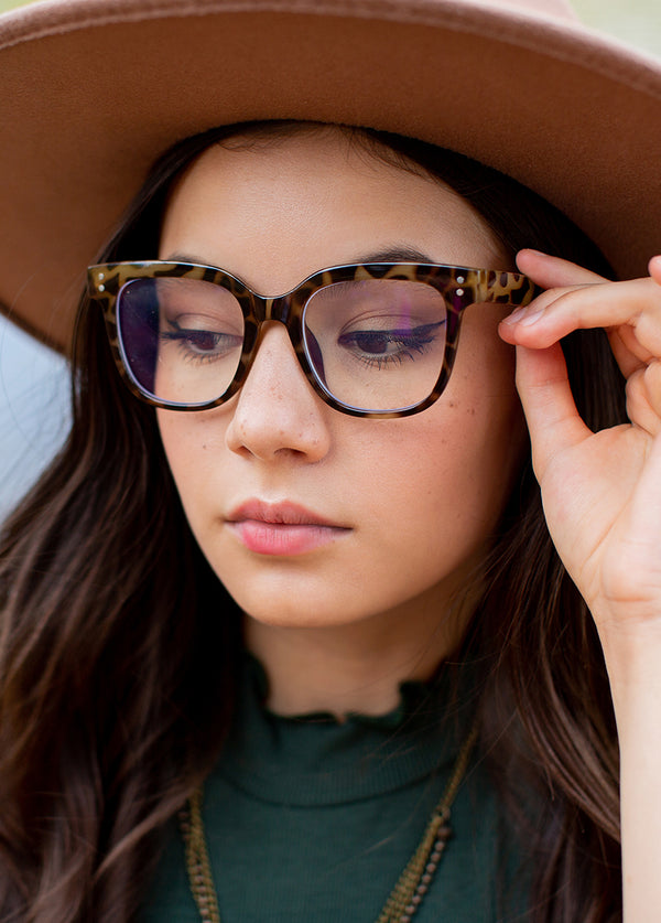*NEW* Harriet Blue Light Glasses in Tortoise