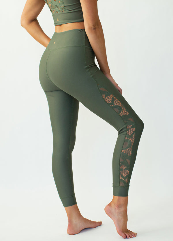 *NEW* Emberly Legging in Thyme
