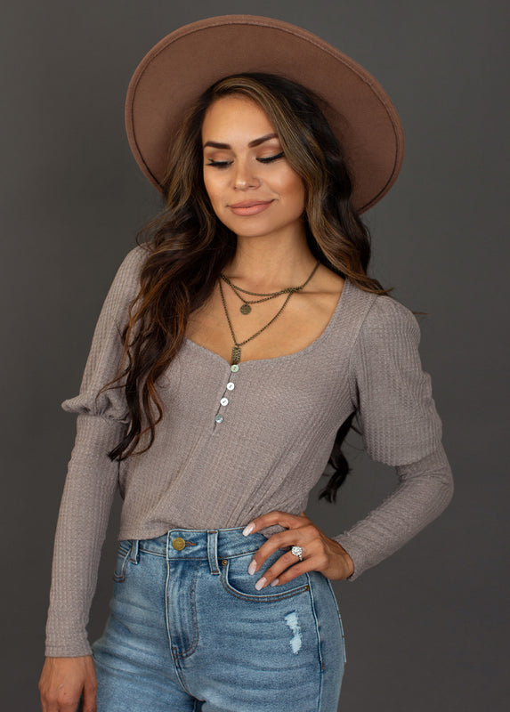 Leona Henley Top in Bark