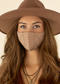 Women's Flat Studded Mask in Sandy Beach