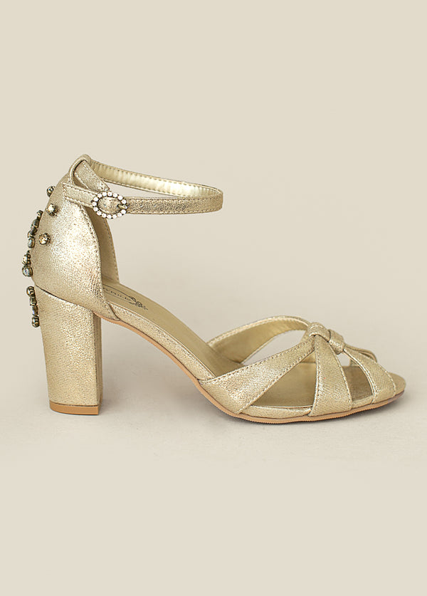Mildred Heel in Gold