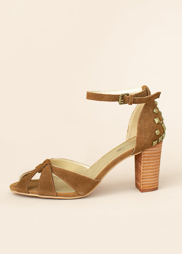 Mildred Heel in Camel Suede