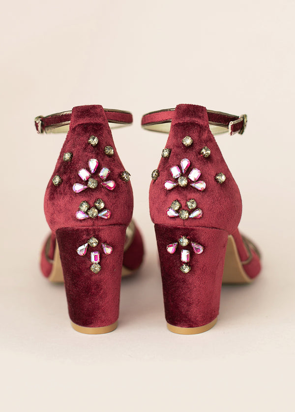 Mildred Heel in Burgundy Velvet