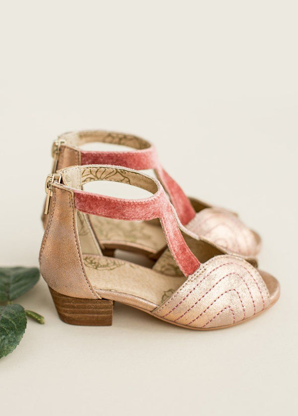 *NEW* Orelia Shoe in Coral