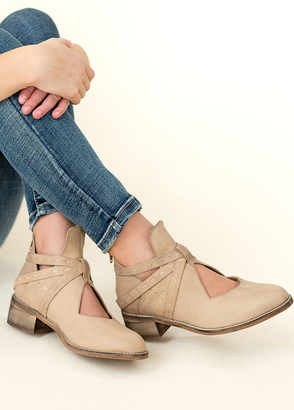 *NEW* Oralie Leather Ankle Booties in Bone