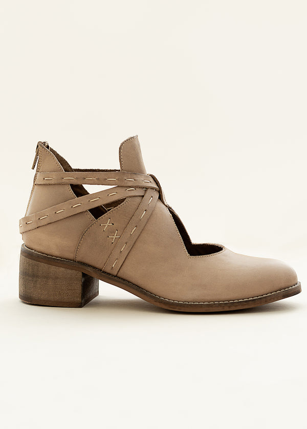 *NEW* Oriana Leather Ankle Booties in Bone