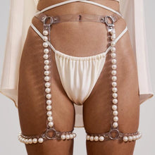 Load image into Gallery viewer, Pearl Leg Garter