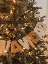 Load image into Gallery viewer, FELIZ NAVIDAD Garland